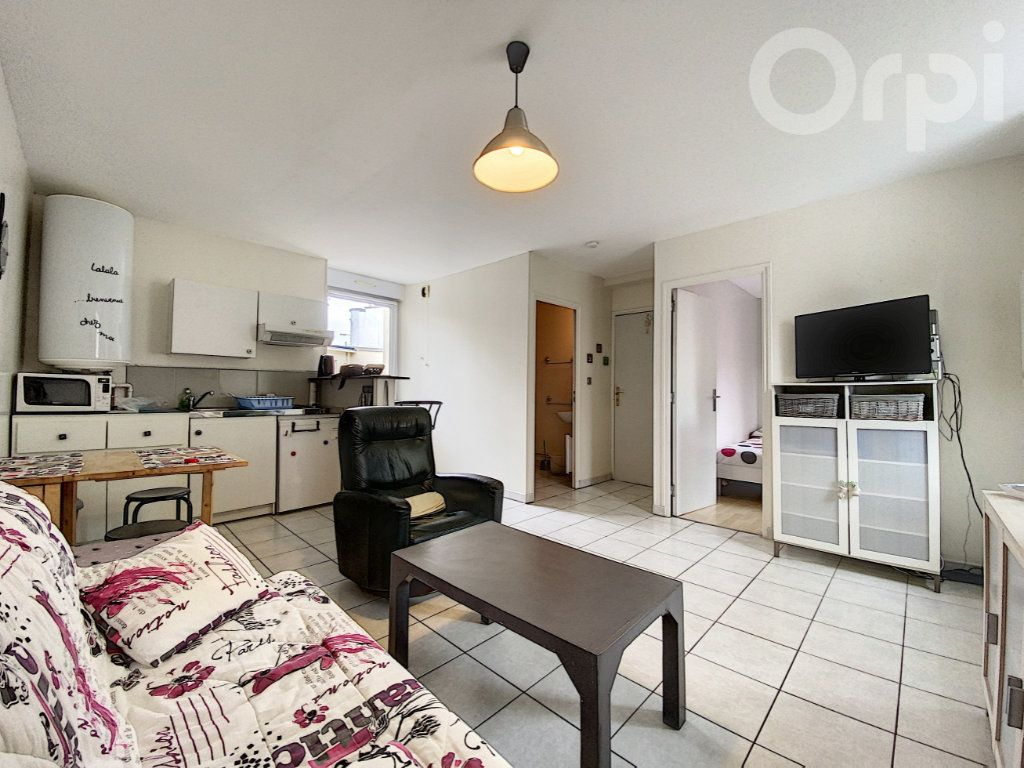 Appartement à vendre 2 30m2 à Lorient vignette-1