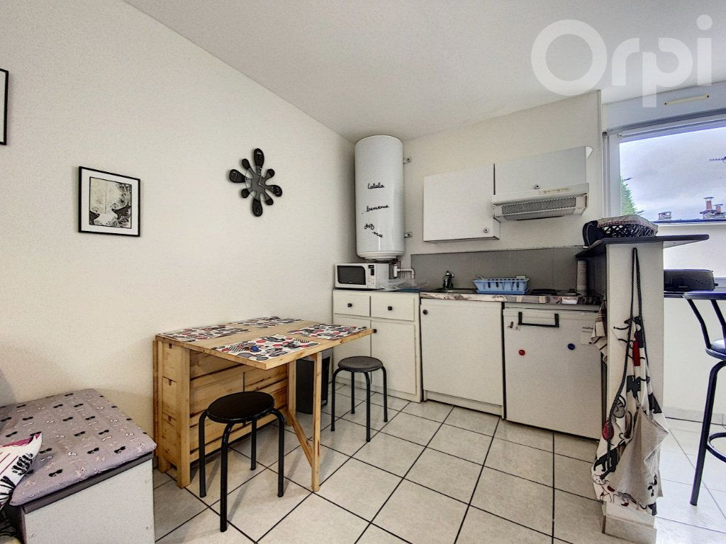 Appartement à vendre 2 30m2 à Lorient vignette-3
