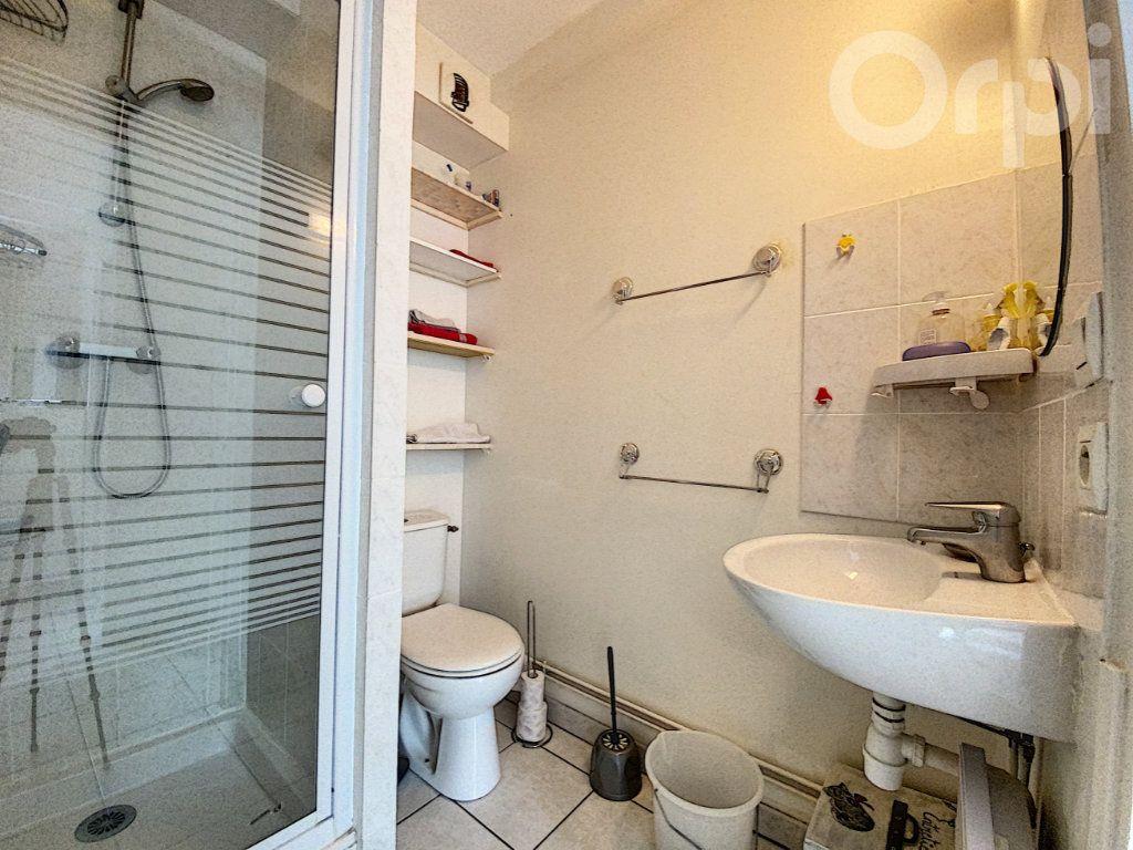 Appartement à vendre 2 30m2 à Lorient vignette-4