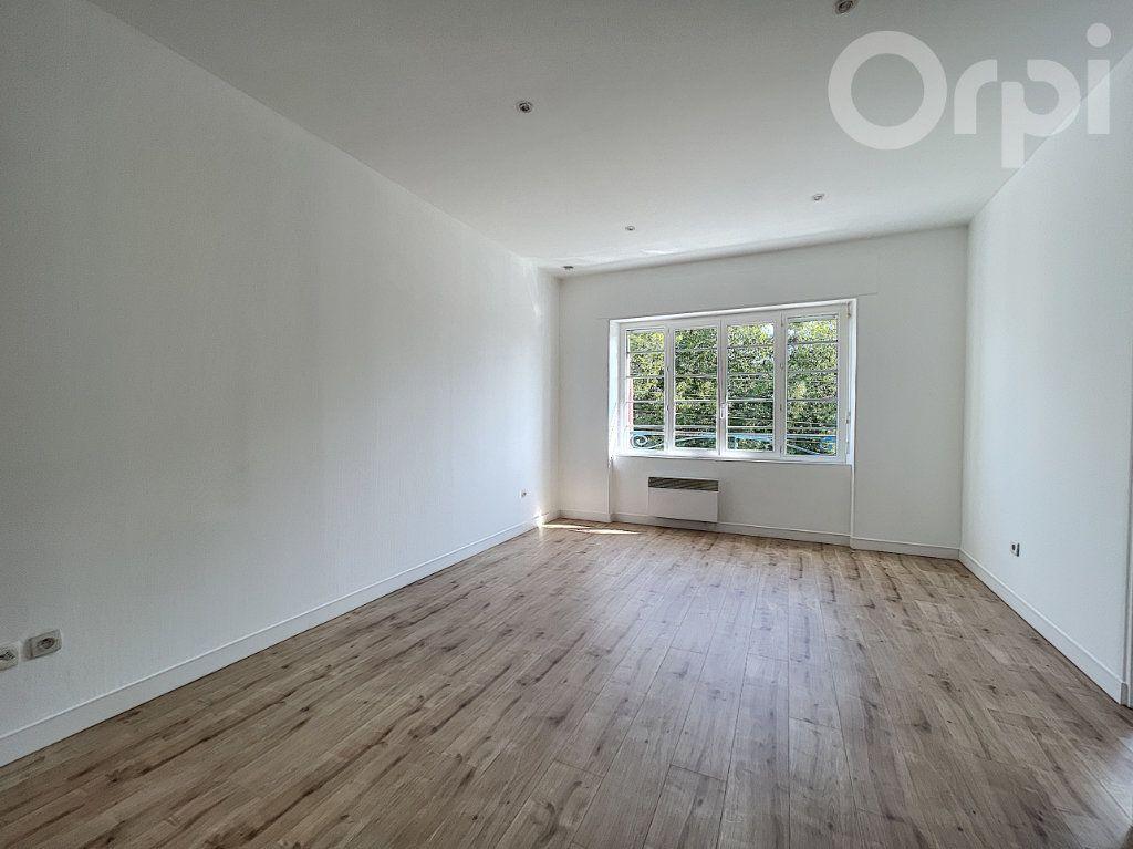 Appartement à vendre 2 42m2 à Lorient vignette-1