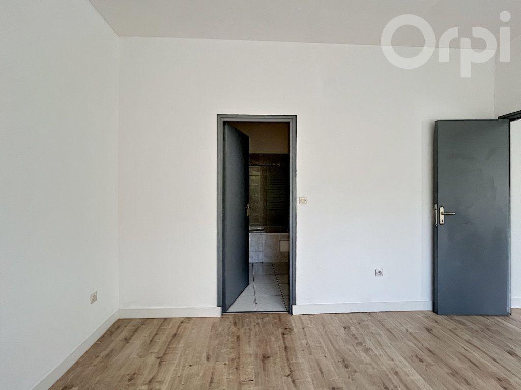 Appartement à vendre 2 42m2 à Lorient vignette-8