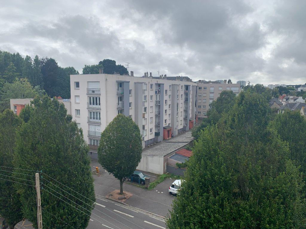 Appartement à louer 1 10m2 à Lorient vignette-7