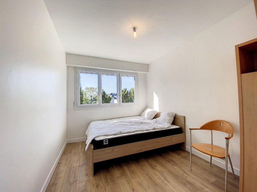 Appartement à louer 3 71.33m2 à Lorient vignette-13