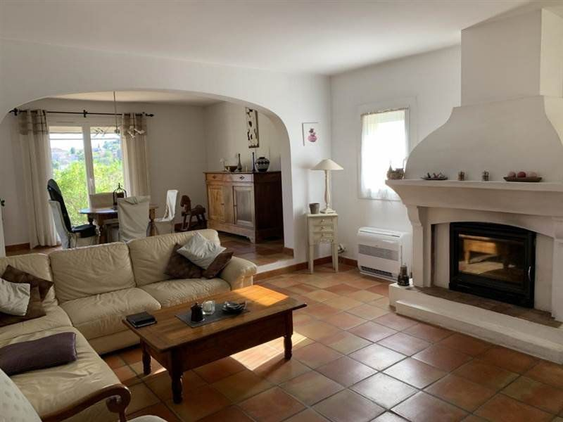 Maison à vendre 7 200m2 à Sanary-sur-Mer vignette-2