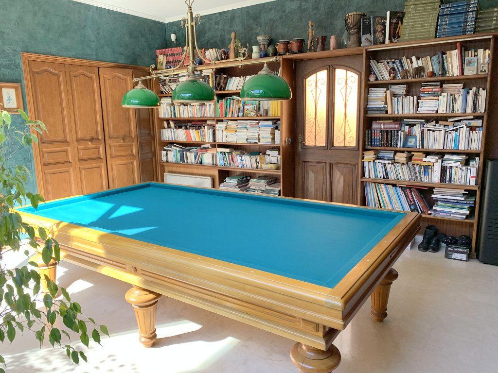 Maison à vendre 5 190m2 à Marseille 11 vignette-2