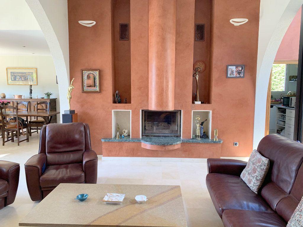 Maison à vendre 5 190m2 à Marseille 11 vignette-3