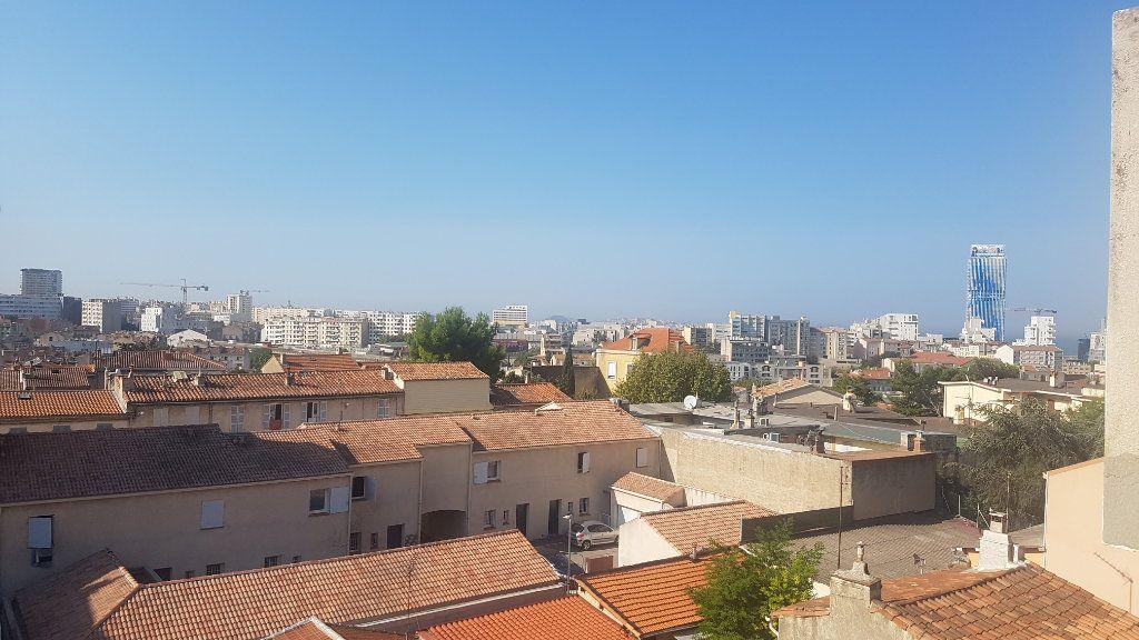 Appartement à vendre 5 72m2 à Marseille 3 vignette-1