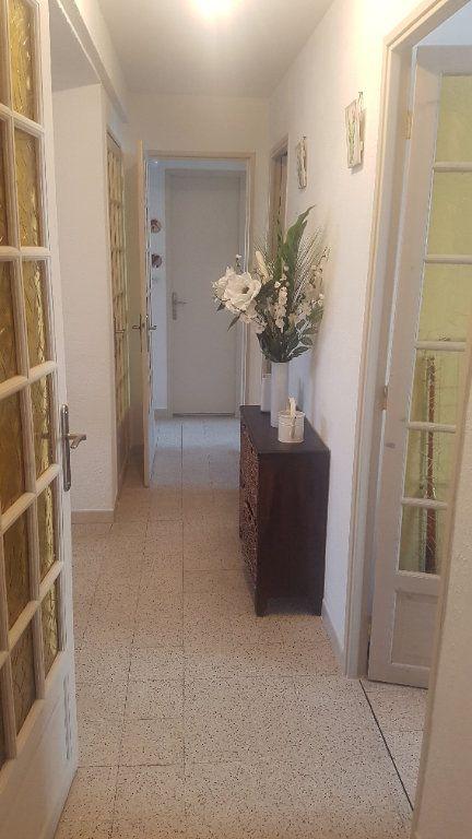 Appartement à vendre 5 72m2 à Marseille 3 vignette-3