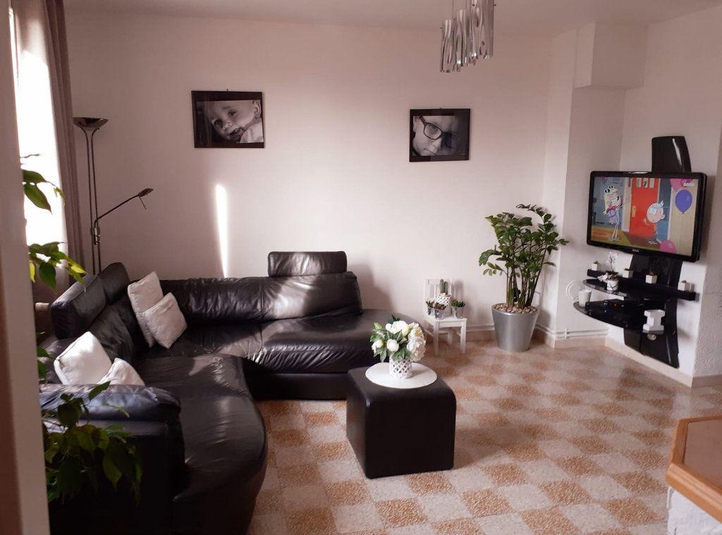 Appartement à vendre 5 72m2 à Marseille 3 vignette-5