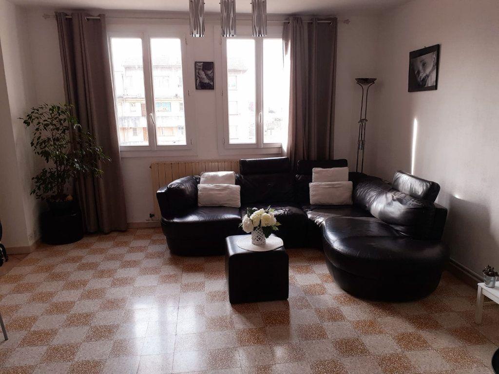 Appartement à vendre 5 72m2 à Marseille 3 vignette-6