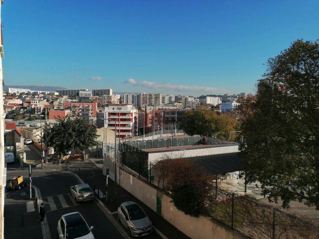 Appartement à vendre 4 66.68m2 à Marseille 3 vignette-1