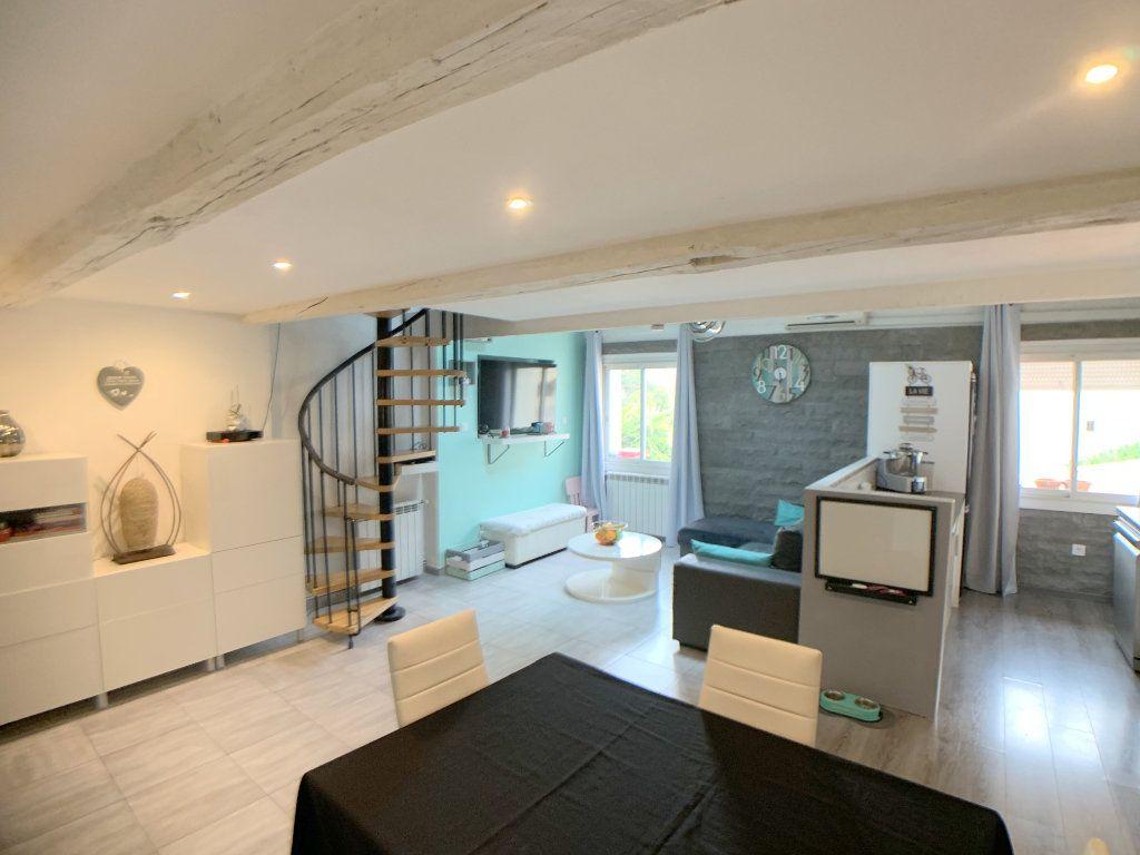 Appartement à vendre 3 55m2 à Marseille 10 vignette-3