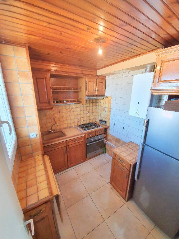 Appartement à vendre 3 53m2 à Marseille 14 vignette-4