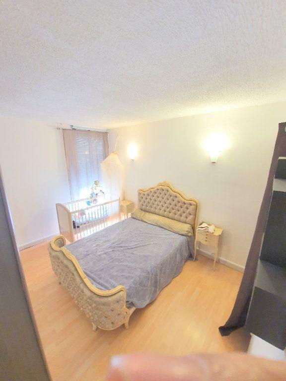 Appartement à vendre 3 53m2 à Marseille 14 vignette-5