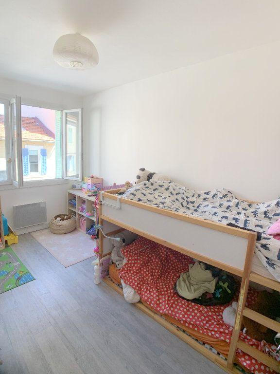 Appartement à vendre 4 77.12m2 à Marseille 4 vignette-5