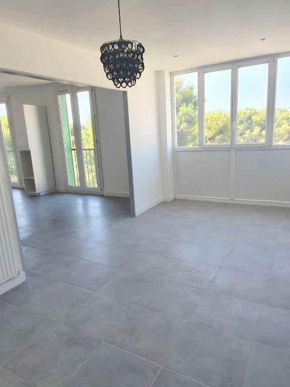 Appartement à louer 4 67.92m2 à Marseille 13 vignette-4