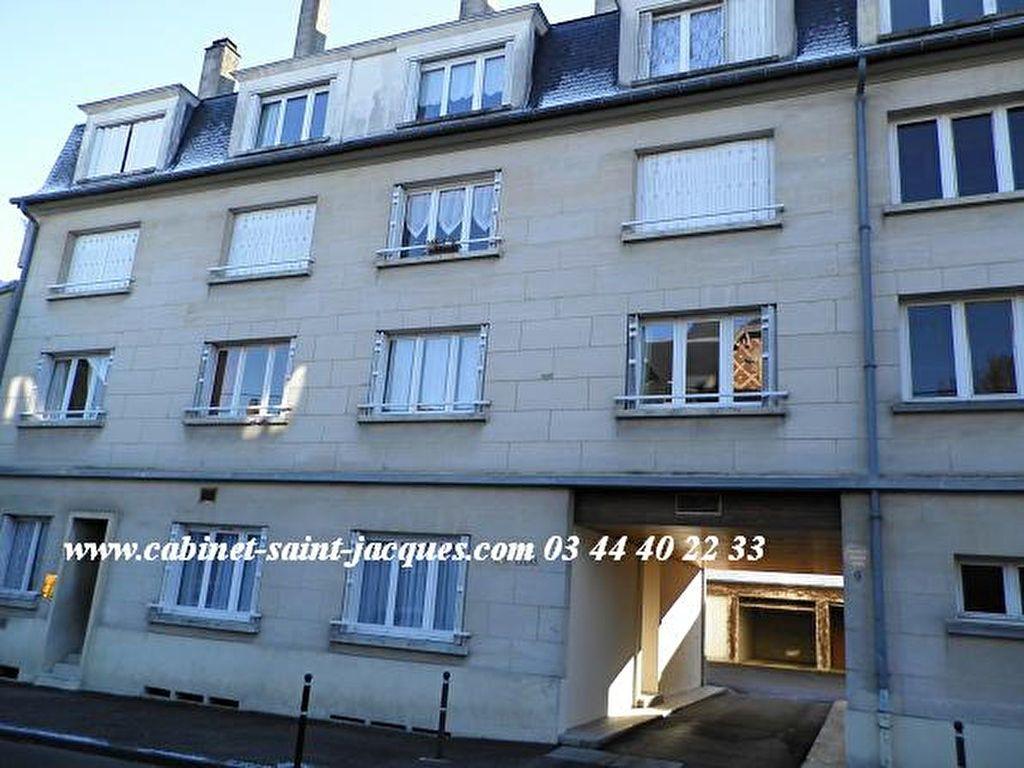 Appartement à louer 1 15.61m2 à Compiègne vignette-1