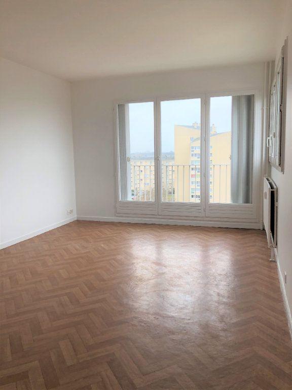 Appartement à louer 2 46.81m2 à Compiègne vignette-2