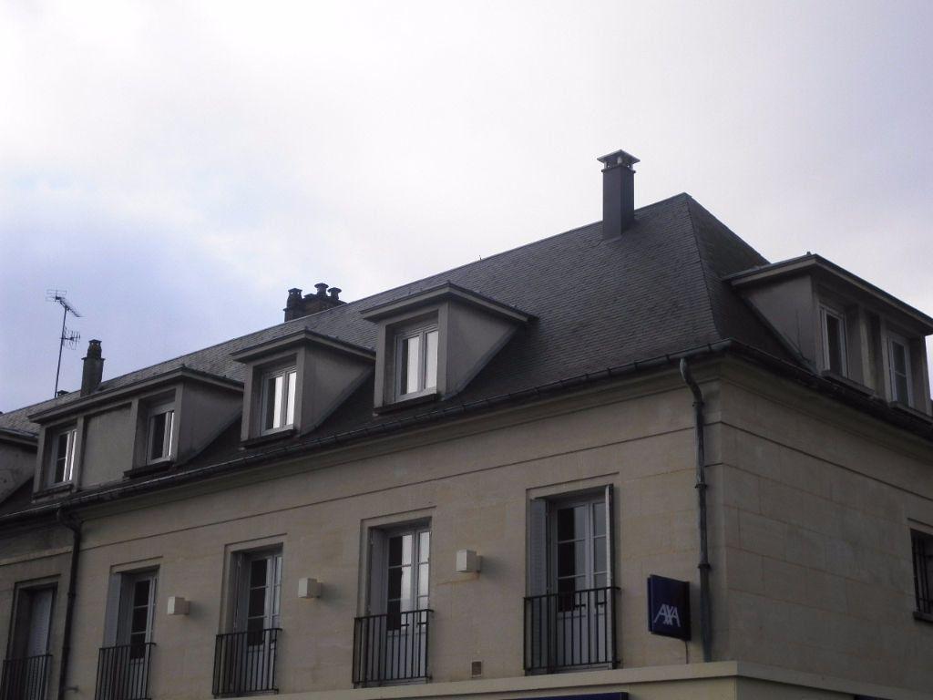 Appartement à louer 4 67.5m2 à Compiègne vignette-3