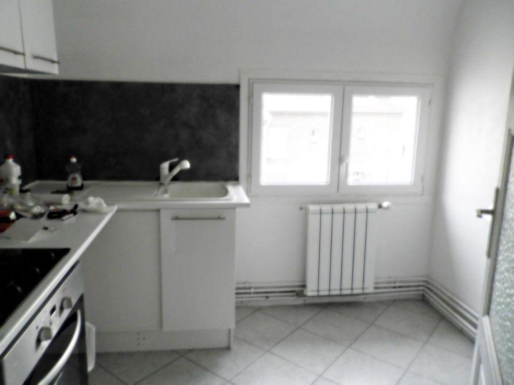 Appartement à louer 2 31.08m2 à Compiègne vignette-3