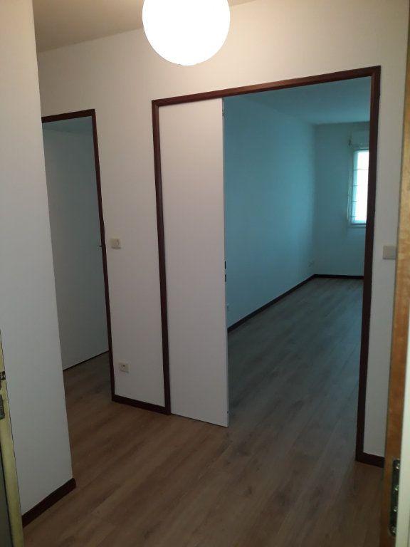 Appartement à louer 2 50.83m2 à Compiègne vignette-9