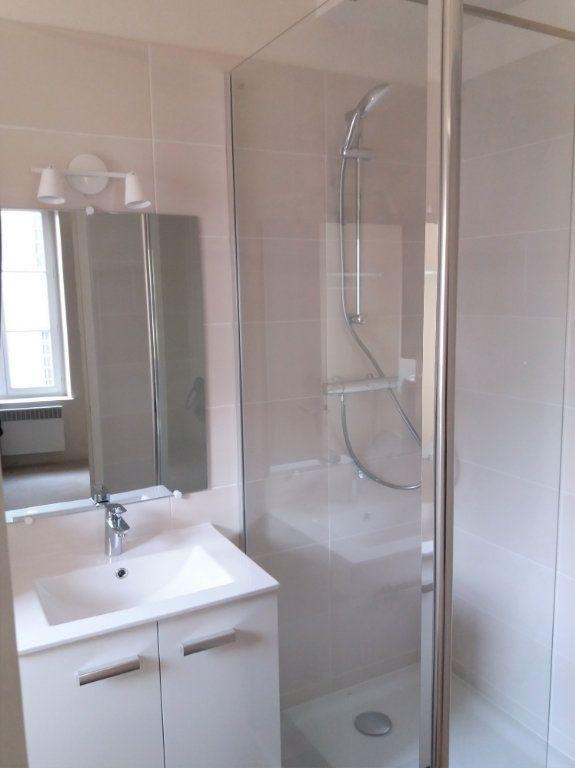 Appartement à louer 2 32.5m2 à Compiègne vignette-2