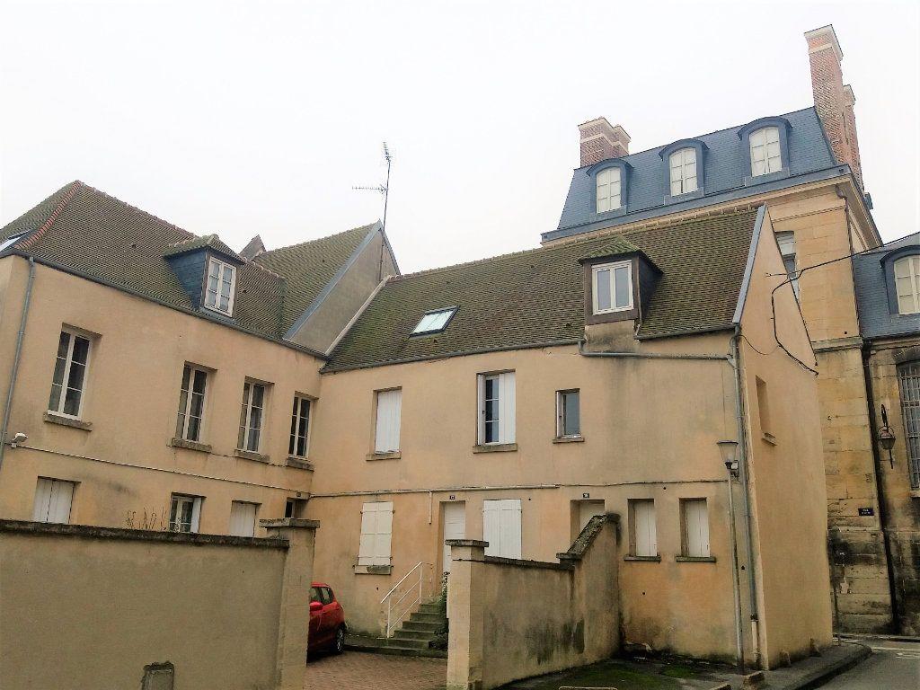 Appartement à louer 2 32.5m2 à Compiègne vignette-4