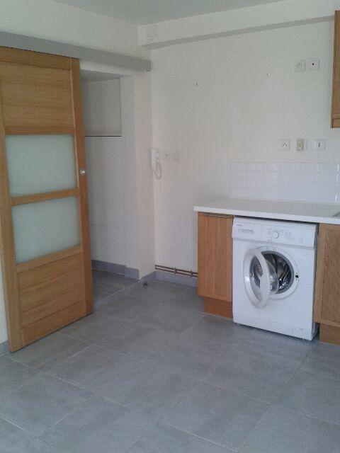 Appartement à louer 2 30.51m2 à Compiègne vignette-2