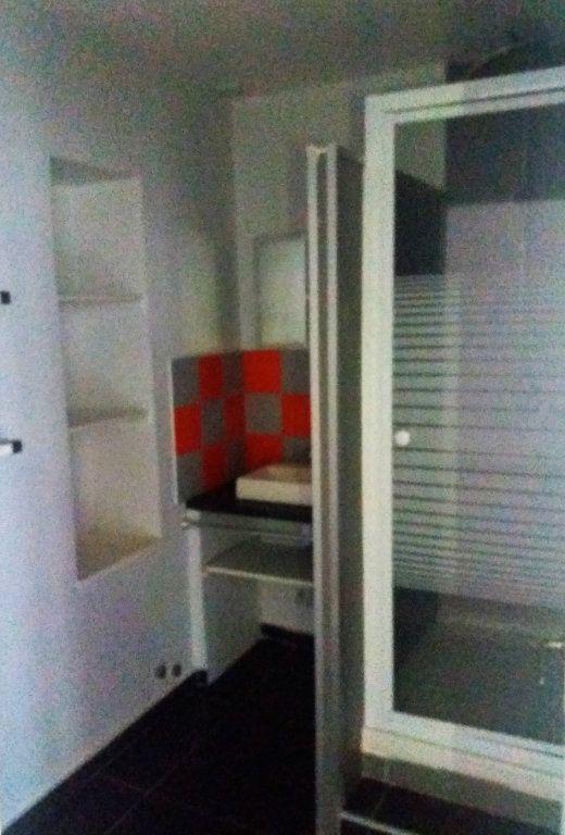 Appartement à louer 2 51.82m2 à Compiègne vignette-4