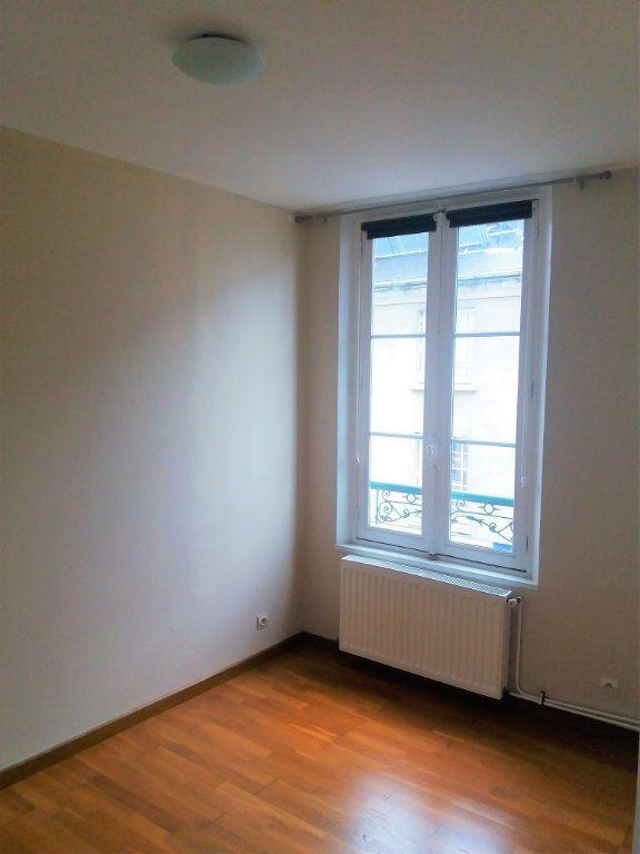 Appartement à louer 2 51.82m2 à Compiègne vignette-6