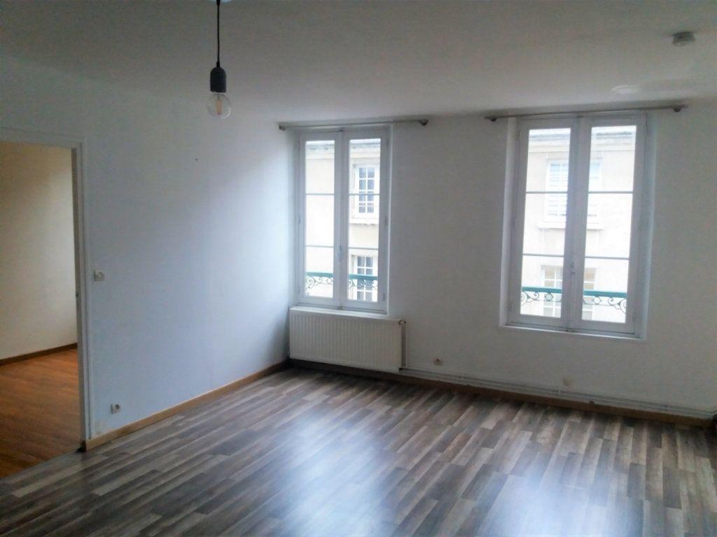 Appartement à louer 2 51.82m2 à Compiègne vignette-7