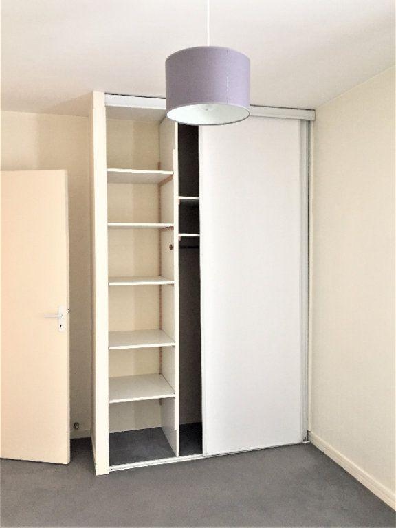 Appartement à vendre 4 76.05m2 à Compiègne vignette-4