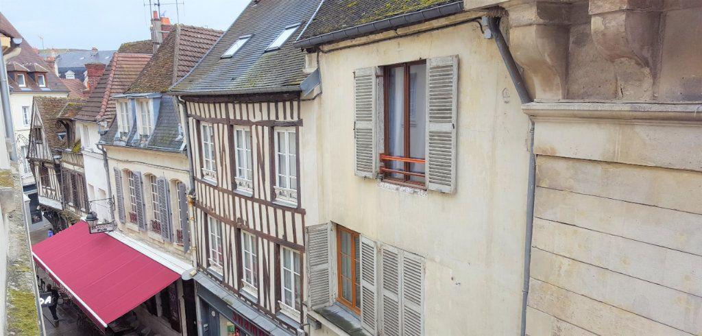 Appartement à louer 3 76.05m2 à Compiègne vignette-5
