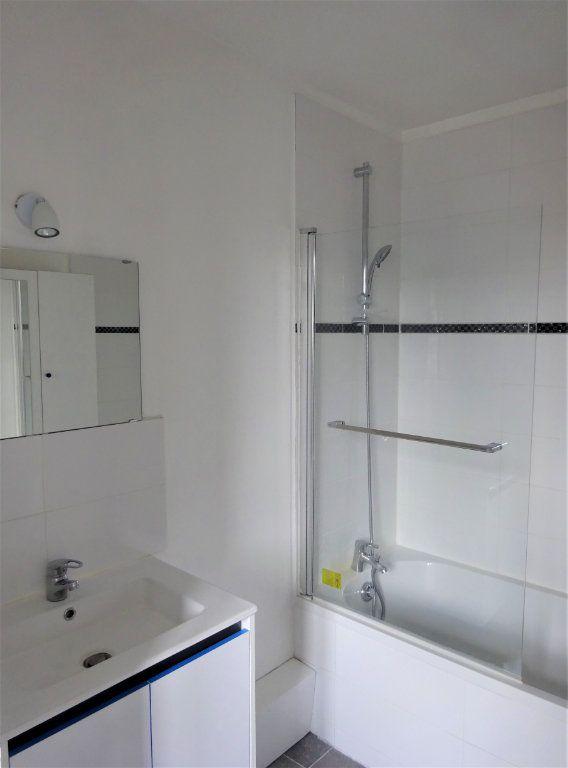 Appartement à louer 2 40.19m2 à Compiègne vignette-4