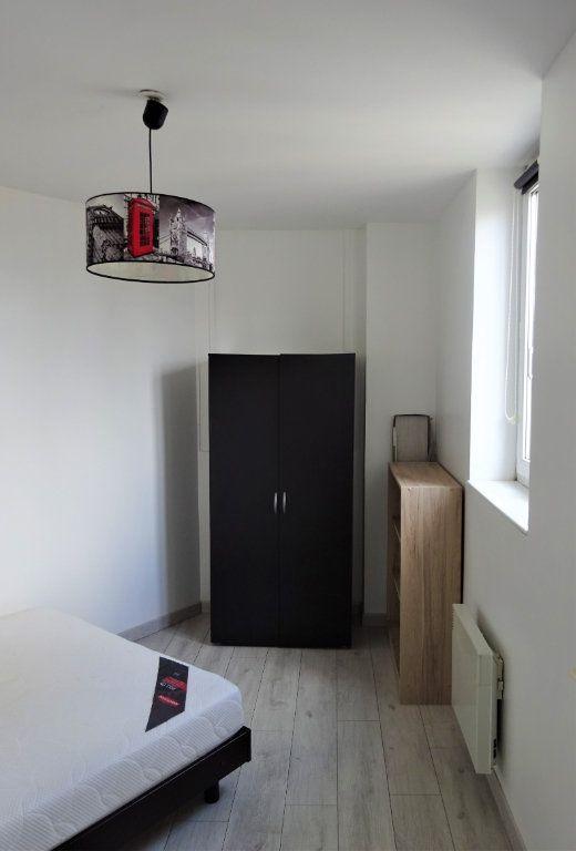 Appartement à louer 2 40.19m2 à Compiègne vignette-5