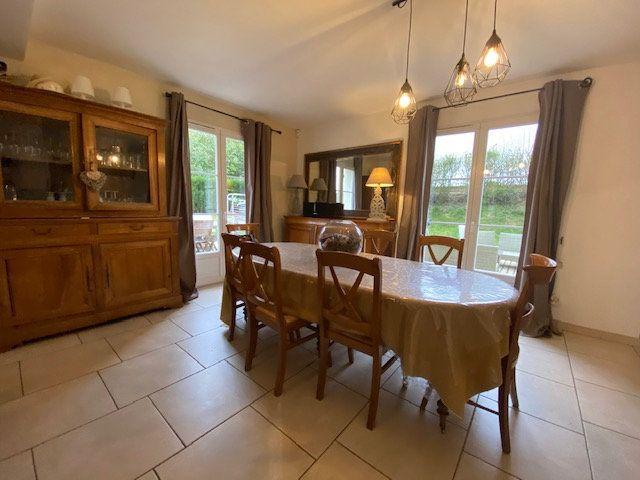 Maison à vendre 6 160m2 à Chevincourt vignette-2