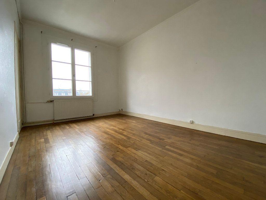 Appartement à louer 2 51.05m2 à Compiègne vignette-3