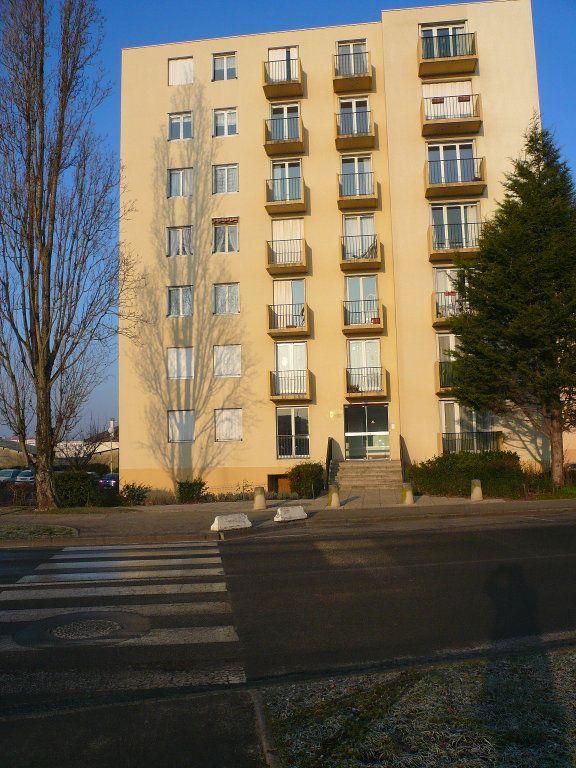 Appartement à louer 2 48.91m2 à Compiègne vignette-6
