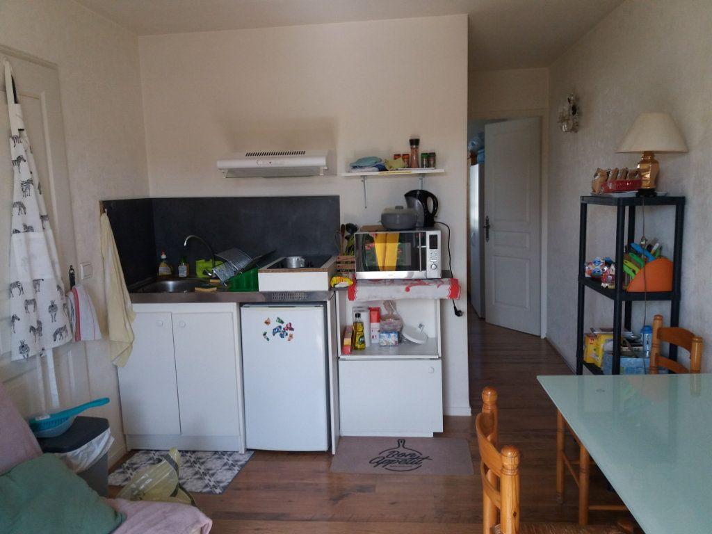 Maison à vendre 7 125m2 à Compiègne vignette-5