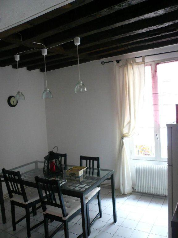 Appartement à louer 2 52.09m2 à Compiègne vignette-3