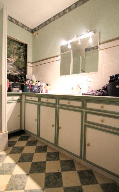 Appartement à vendre 3 74.6m2 à Compiègne vignette-3