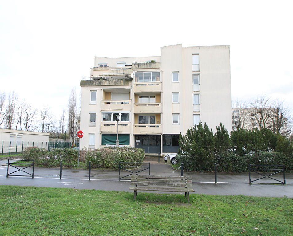 Appartement à vendre 3 74.6m2 à Compiègne vignette-4