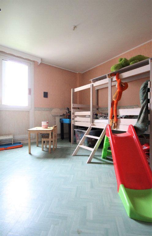 Appartement à vendre 3 74.6m2 à Compiègne vignette-5