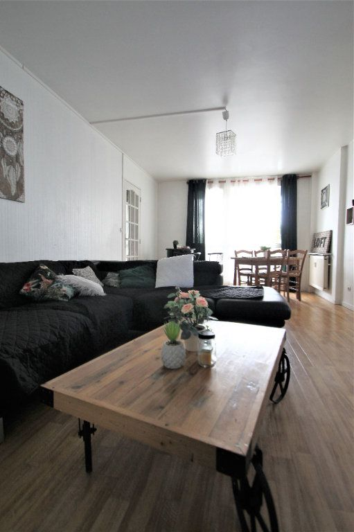 Appartement à vendre 3 74.6m2 à Compiègne vignette-6