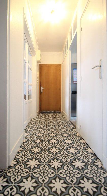 Appartement à louer 3 55m2 à Compiègne vignette-2