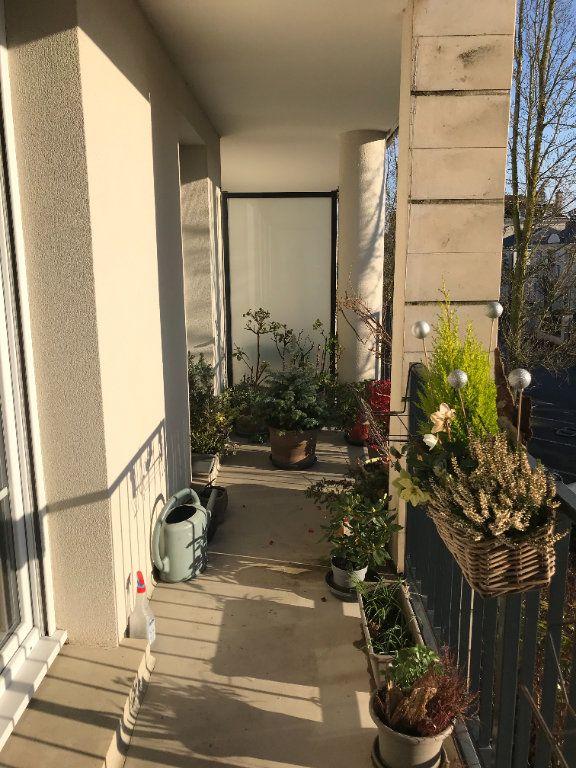 Appartement à louer 2 50.86m2 à Compiègne vignette-6
