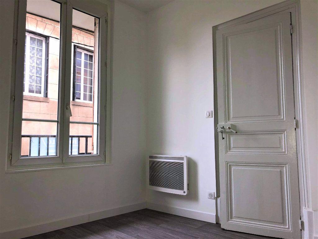 Appartement à louer 2 25.46m2 à Compiègne vignette-5