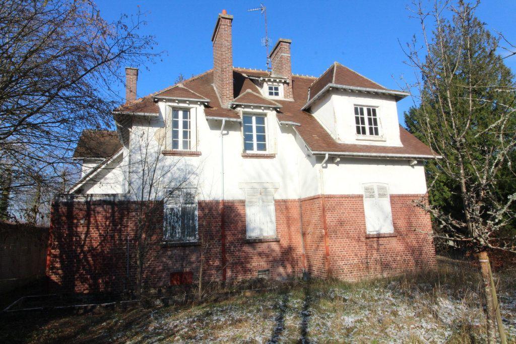 Maison à vendre 10 215m2 à Compiègne vignette-1