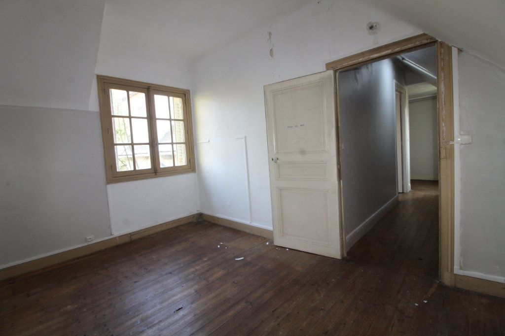 Maison à vendre 10 215m2 à Compiègne vignette-8