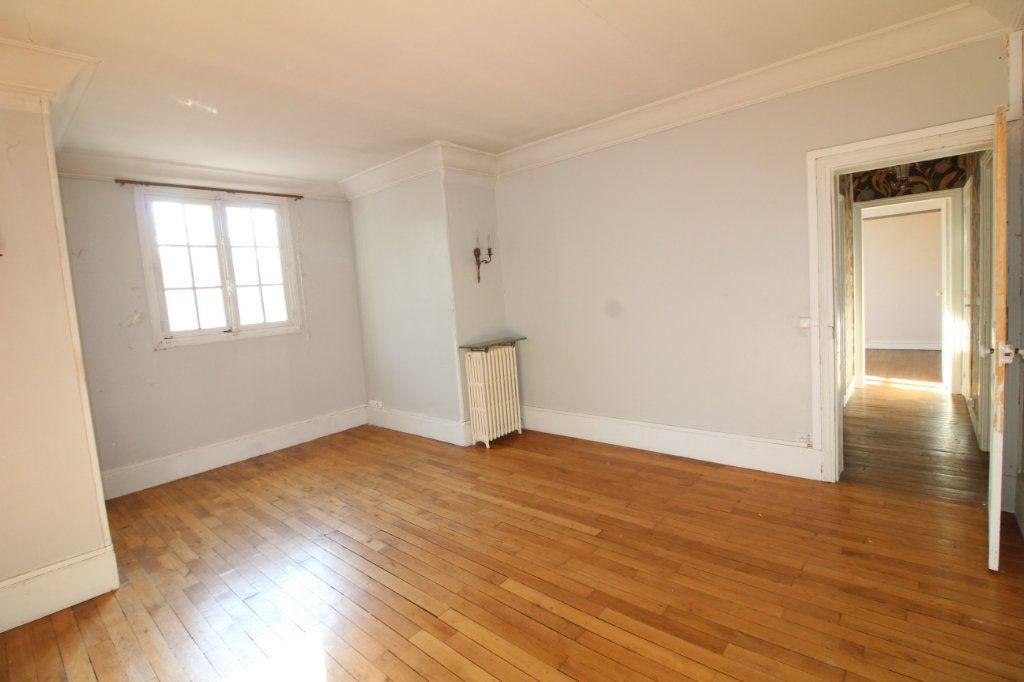 Maison à vendre 10 215m2 à Compiègne vignette-11